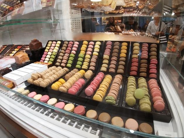 Paris - Macarons la fayette